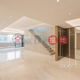 Gorgeous 3 bedroom on high floor with rooftop & balcony | Rental