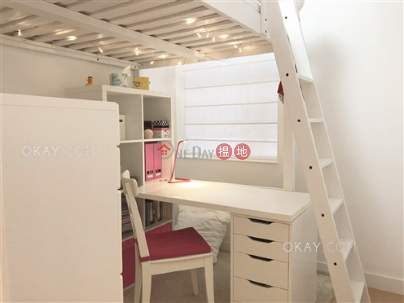 Village Court | Middle Residential | Rental Listings | HK$ 33,000/ month