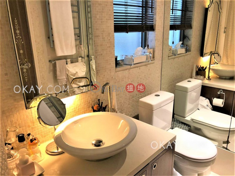 Unique 2 bedroom on high floor | For Sale | The Floridian Tower 2 逸意居2座 Sales Listings