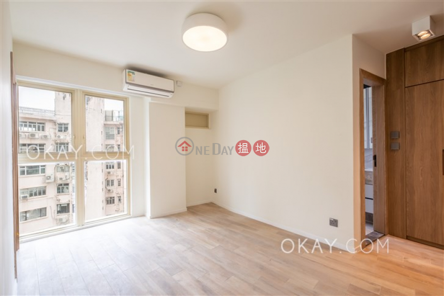 Luxurious 1 bedroom with balcony | Rental 74-76 MacDonnell Road | Central District, Hong Kong, Rental | HK$ 35,000/ month