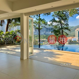 Stylish house with sea views, balcony | Rental