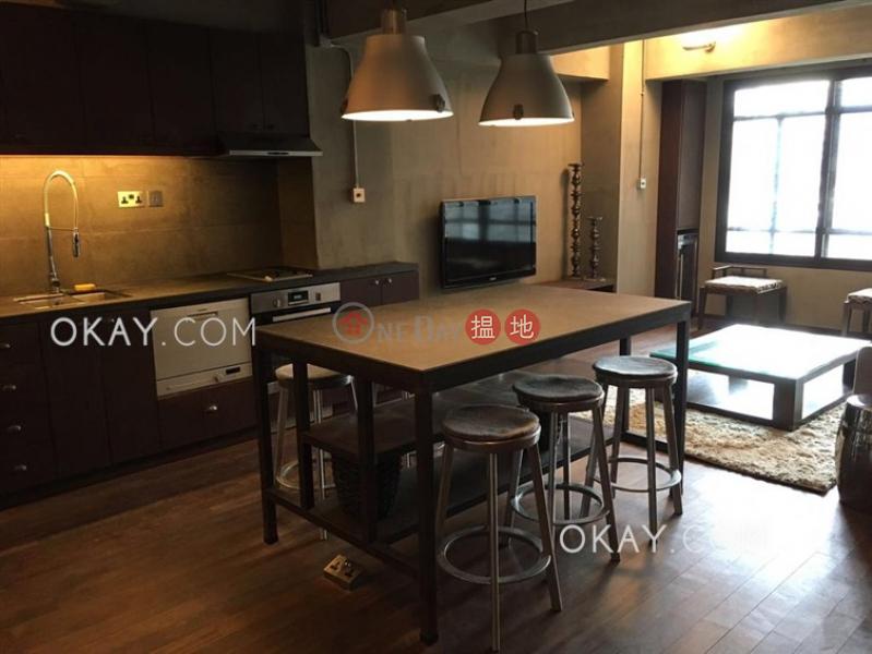 Lovely 1 bedroom in Sheung Wan | Rental | 245 Wing Lok Street | Western District, Hong Kong, Rental HK$ 33,800/ month