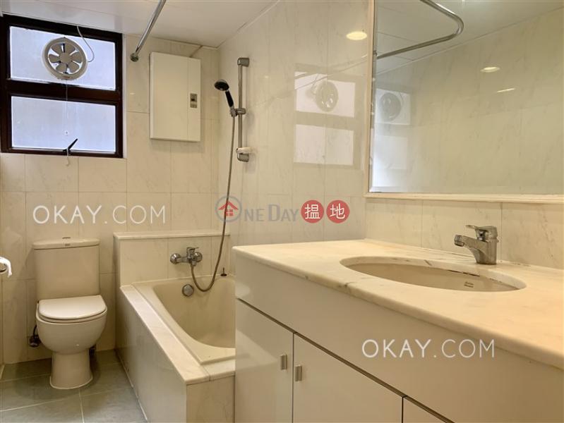 3房2廁,實用率高,連車位,露台《南灣花園 B座出租單位》-33南灣坊   南區 香港出租 HK$ 64,000/ 月