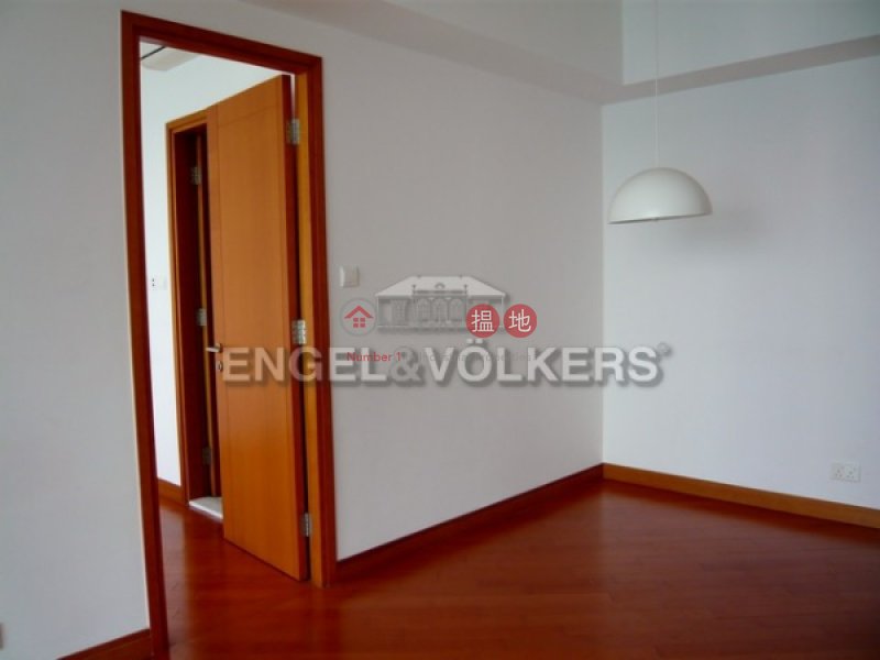 1 Bed Flat for Sale in Cyberport, Phase 6 Residence Bel-Air 貝沙灣6期 Sales Listings | Southern District (EVHK35446)