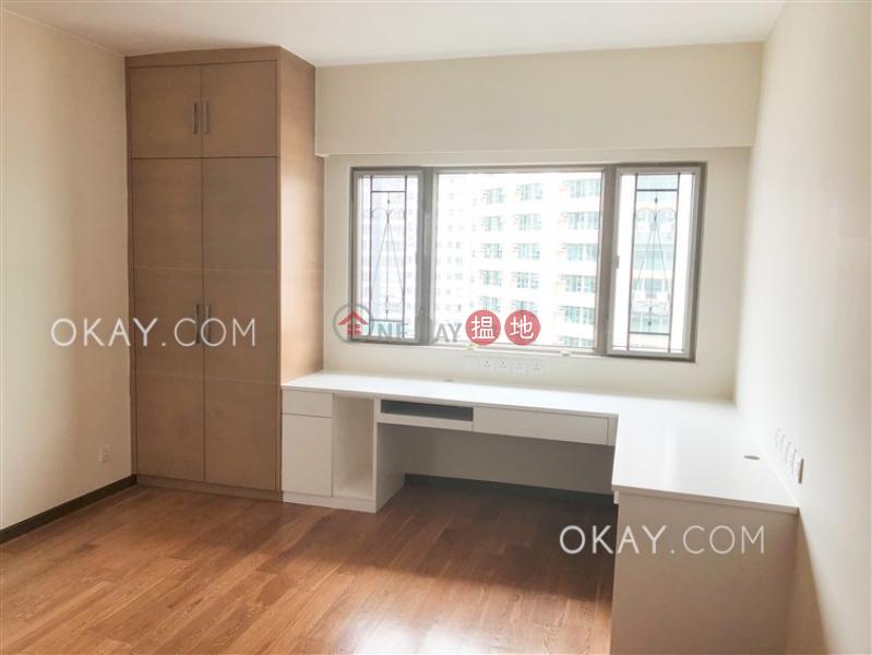 Luxurious 3 bed on high floor with sea views & parking   Rental   Hilltop Mansion 峰景大廈 Rental Listings