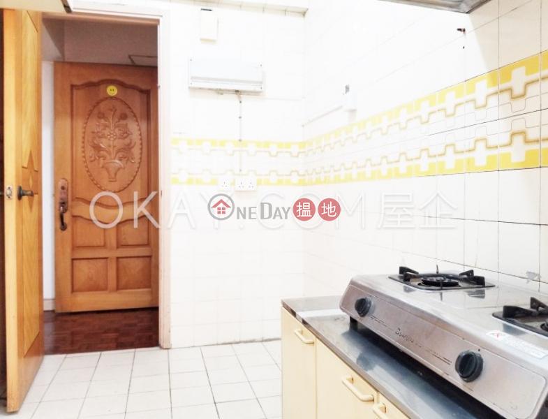 Efficient 2 bedroom with balcony & parking   For Sale   Block 45-48 Baguio Villa 碧瑤灣45-48座 Sales Listings