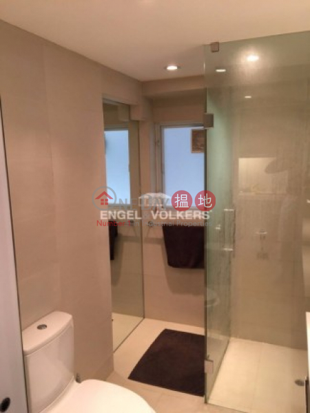 Beautiful Renovated 1 Bedroom in Man King Building|文景樓(Man King Building)出租樓盤 (MIDLE-EVHK39129)