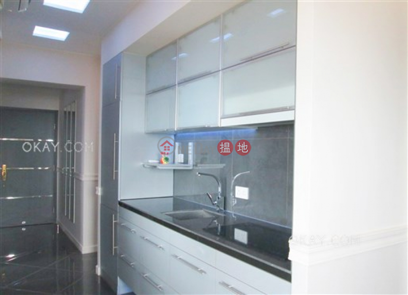 HK$ 35,000/ month | 2 Park Road, Western District, Tasteful 2 bedroom with balcony | Rental