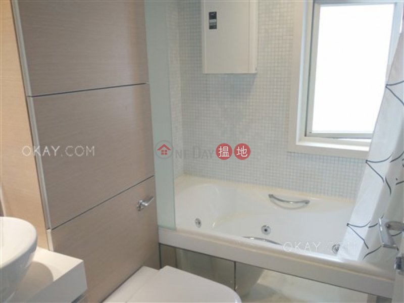 Lovely 3 bedroom with balcony | For Sale, Centrestage 聚賢居 Sales Listings | Central District (OKAY-S68248)