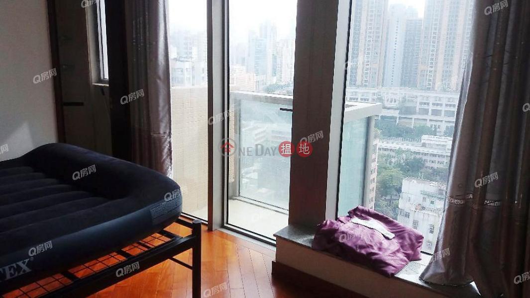 交通方便,名牌發展商,地標名廈,間隔實用,投資首選《奧朗‧御峰買賣盤》-8埃華街 | 油尖旺香港出售HK$ 600萬