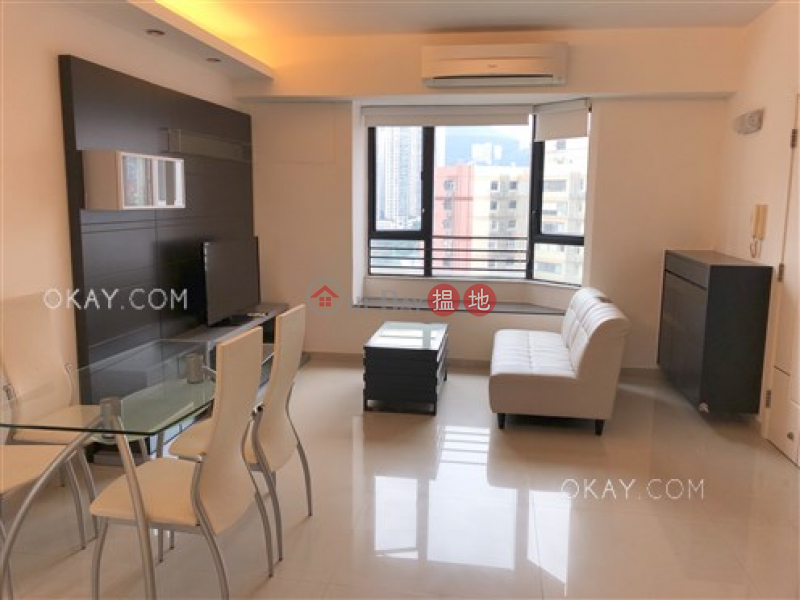 Property Search Hong Kong | OneDay | Residential | Rental Listings Elegant penthouse with rooftop | Rental