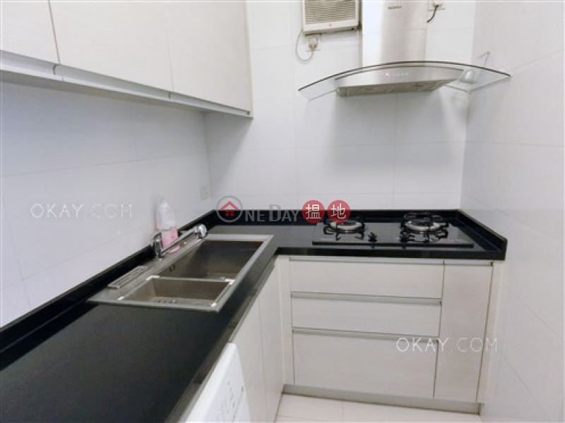 HK$ 25,000/ month | Hoi Deen Court, Wan Chai District, Unique 1 bedroom with balcony | Rental