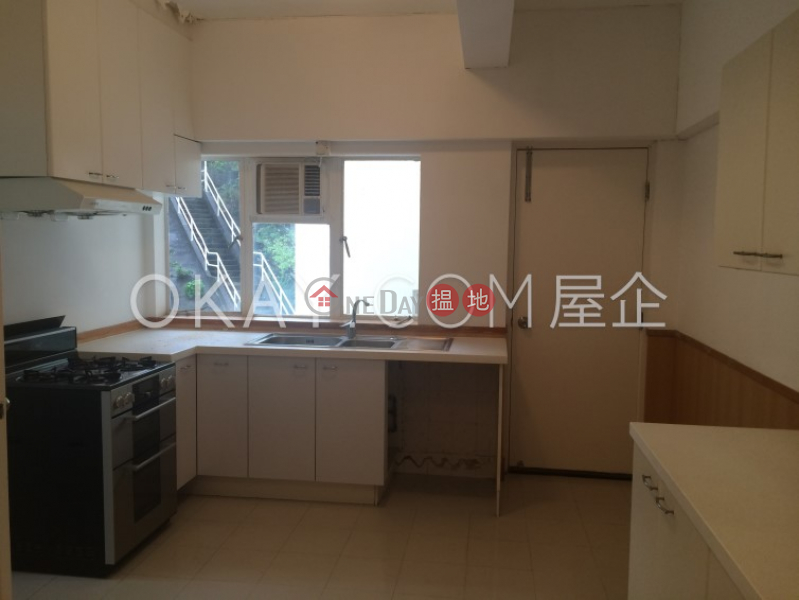 HK$ 95,000/ month Deepdene, Southern District, Efficient 4 bedroom with sea views, balcony | Rental