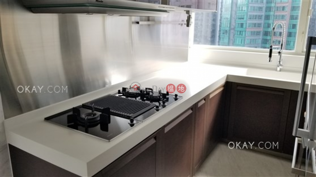 HK$ 75,000/ month Centrestage | Central District Beautiful 3 bedroom on high floor with balcony | Rental
