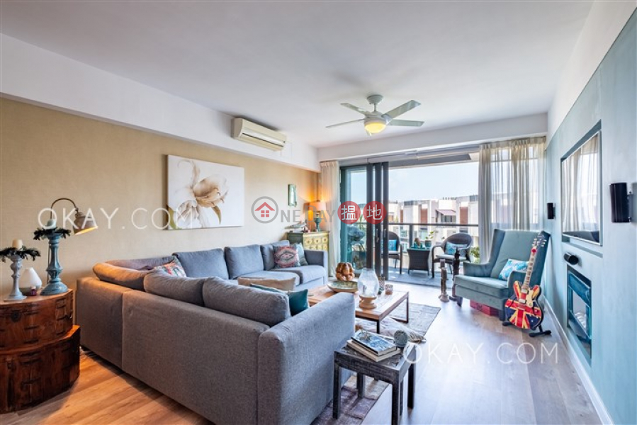 Gorgeous 4 bedroom with balcony | For Sale | Discovery Bay, Phase 14 Amalfi, Amalfi One 愉景灣 14期 津堤 津堤1座 Sales Listings