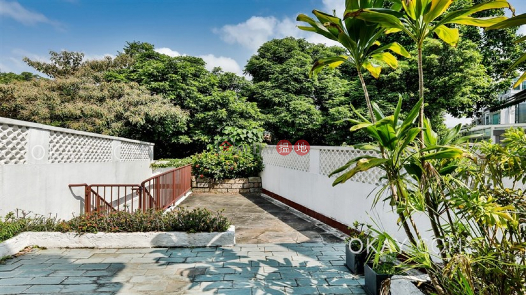 Nicely kept house with rooftop, terrace & balcony | For Sale | Ruby Chalet 寶石小築 Sales Listings