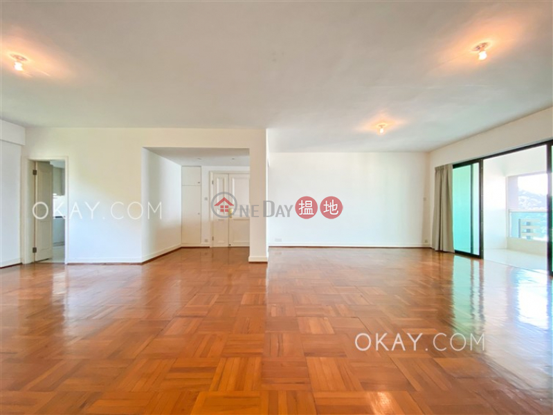 HK$ 95,000/ month   Piccadilly Mansion Western District Lovely 4 bedroom with balcony & parking   Rental