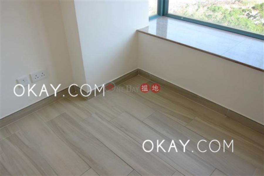 2房1廁,星級會所,露台《富臨軒出租單位》-8華富道 | 西區-香港-出租HK$ 19,000/ 月