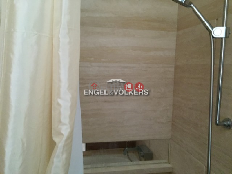 2 Bedroom Flat for Sale in Ap Lei Chau, Larvotto 南灣 Sales Listings   Southern District (EVHK39926)