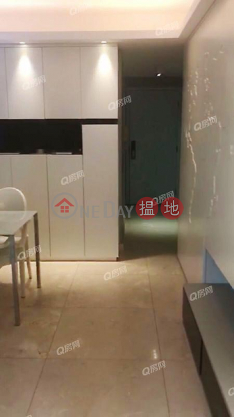 Property Search Hong Kong | OneDay | Residential, Rental Listings | Sorrento Phase 1 Block 5 | 3 bedroom Low Floor Flat for Rent