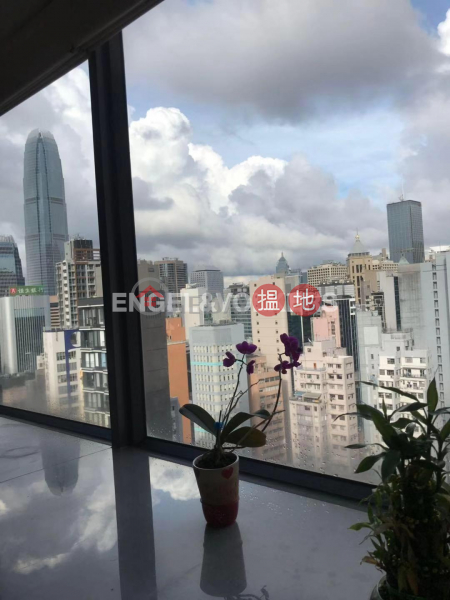 HK$ 55,000/ month Centre Point, Central District 3 Bedroom Family Flat for Rent in Soho
