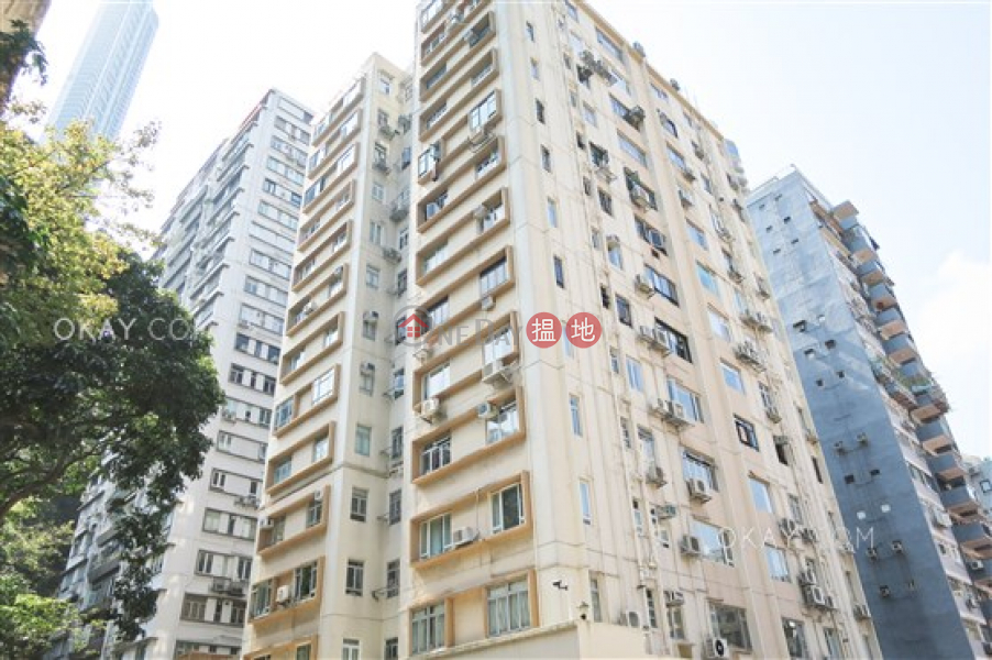 Charming 2 bedroom on high floor with parking | Rental | Shan Kwong Court 山光樓 Rental Listings