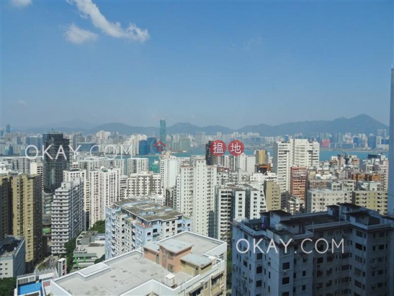 HK$ 40,000/ 月雲景大廈-東區-2房1廁,連車位,露台《雲景大廈出租單位》