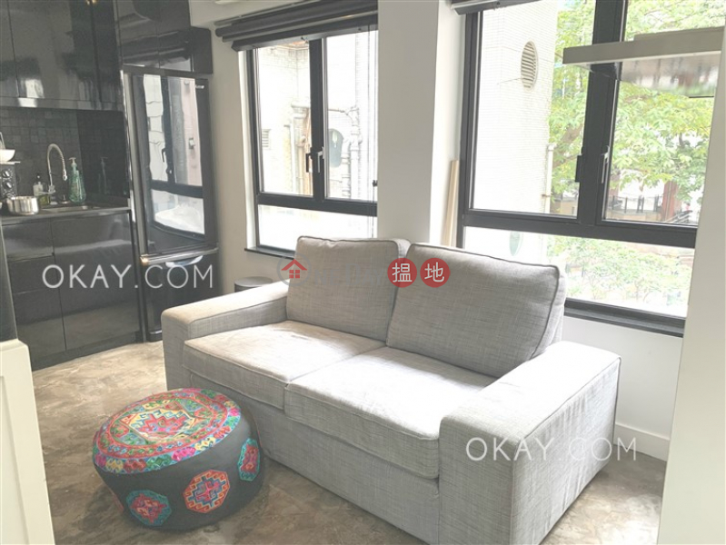 Tasteful high floor with rooftop | Rental 14-15 Wo On Lane | Central District | Hong Kong Rental, HK$ 30,000/ month