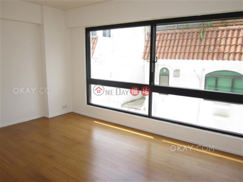 HK$ 50,000/ month   Aqua 33   Western District Gorgeous 3 bedroom with balcony & parking   Rental