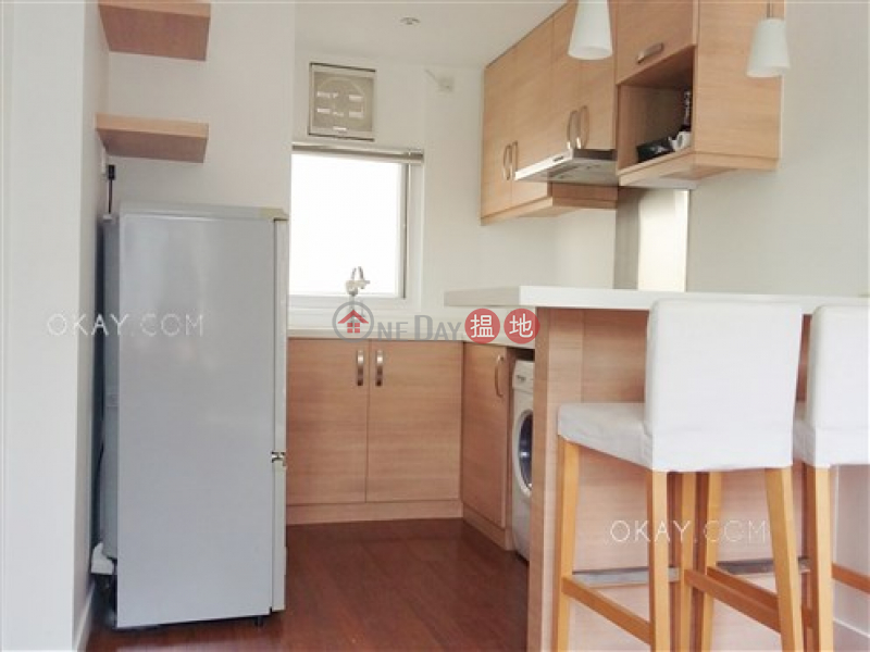 Charming 1 bedroom on high floor with rooftop & terrace | Rental 110-118 Caine Road | Western District, Hong Kong, Rental | HK$ 33,800/ month
