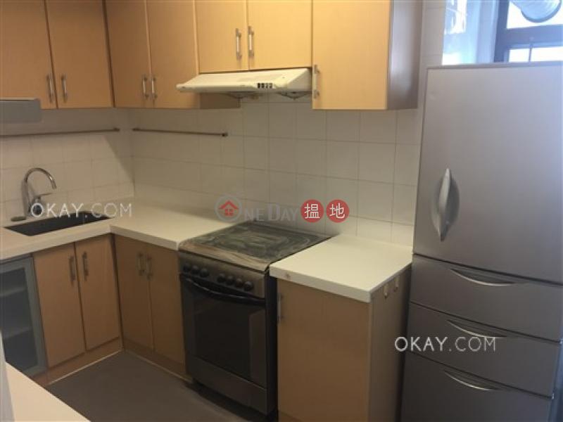3房2廁,連車位《晶輝花園出租單位》106藍塘道 | 灣仔區-香港出租|HK$ 55,000/ 月