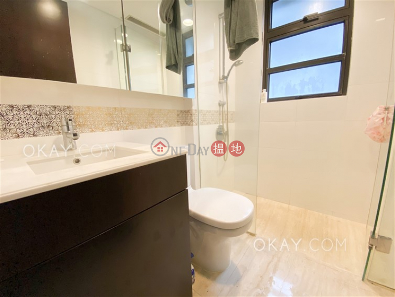 HK$ 46,000/ 月巴丙頓道6D-6E號The Babington西區3房2廁,極高層,星級會所,露台《巴丙頓道6D-6E號The Babington出租單位》