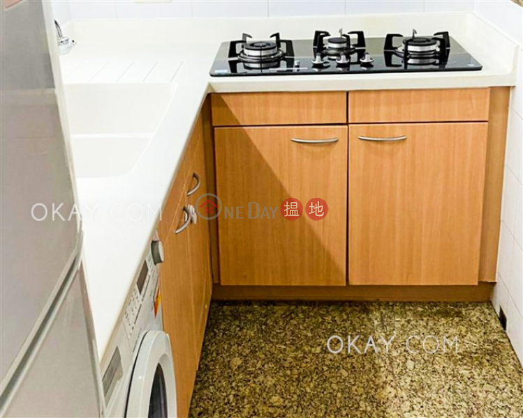 3房2廁,實用率高,星級會所漾日居1期2座出租單位1柯士甸道西 | 油尖旺香港出租-HK$ 31,000/ 月