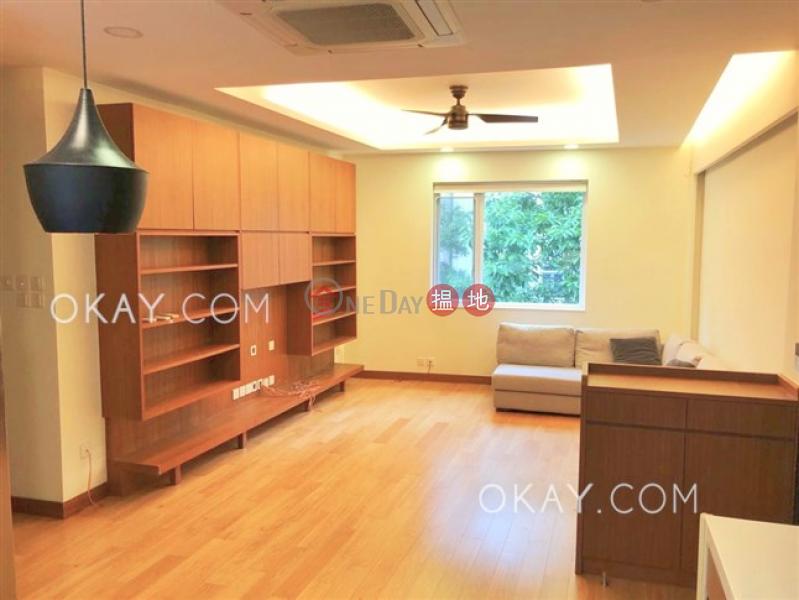 Unique 2 bedroom with rooftop | Rental, 15-17 Village Terrace 山村臺 15-17 號 Rental Listings | Wan Chai District (OKAY-R82125)