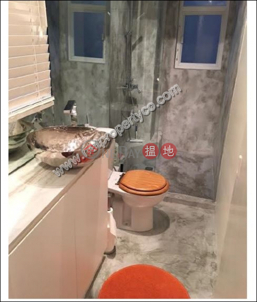 HK$ 19,000/ month, Southern Commercial Building Wan Chai District | Home Style Office in Wan Chai