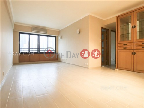 Efficient 3 bedroom on high floor with parking | For Sale|Block B Grandview Tower(Block B Grandview Tower)Sales Listings (OKAY-S7959)_0