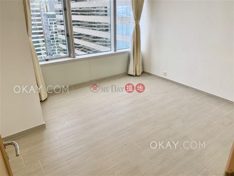 2房2廁,極高層,星級會所《會展中心會景閣出租單位》|會展中心會景閣(Convention Plaza Apartments)出租樓盤 (OKAY-R57576)