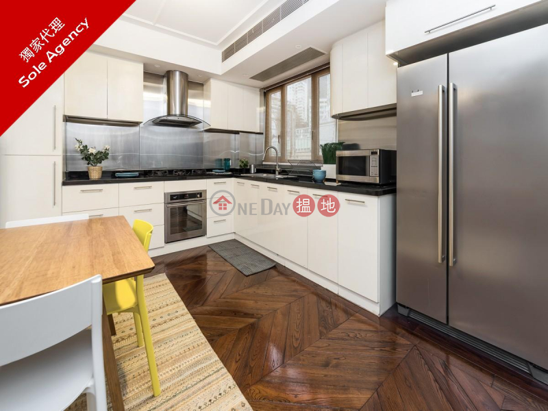 2 Bedroom Flat for Sale in Central 13 Caine Road | Central District, Hong Kong | Sales | HK$ 21.58M