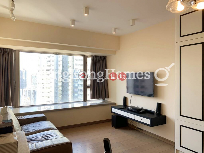 2 Bedroom Unit for Rent at Centre Point   72 Staunton Street   Central District Hong Kong Rental   HK$ 40,000/ month