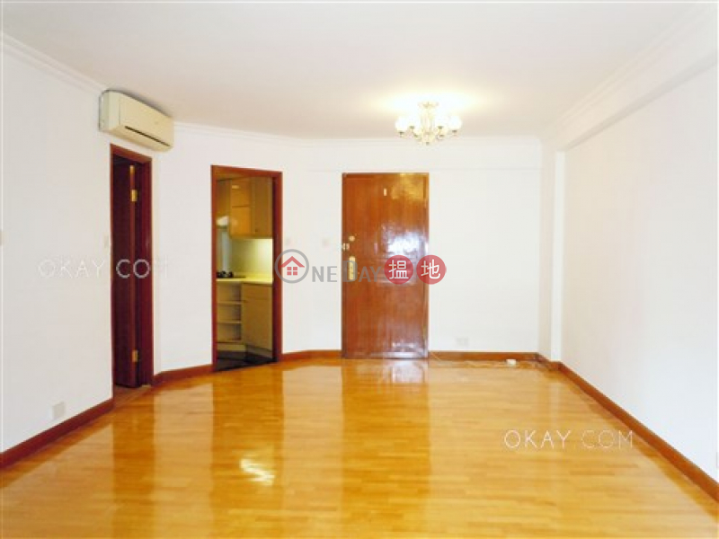 HK$ 36,800/ month, Pacific Palisades, Eastern District | Stylish 3 bedroom with balcony | Rental