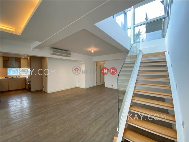 Beautiful 3 bed on high floor with rooftop & parking | For Sale | 8 Stanley Mound Road | Southern District, Hong Kong | Sales HK$ 45M