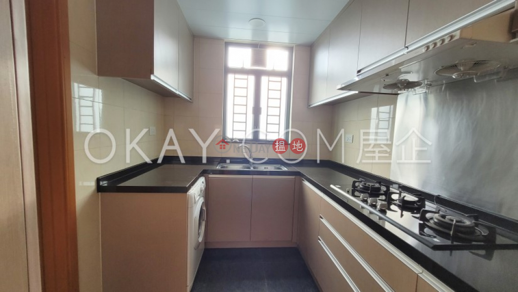 Gorgeous 3 bedroom with balcony | Rental, 9 College Road 書院道9號 Rental Listings | Kowloon Tong (OKAY-R43469)