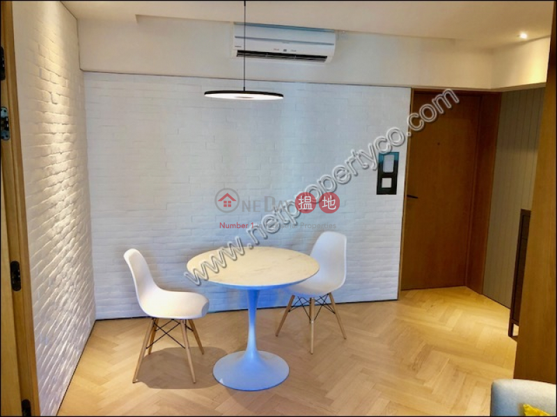 HK$ 28,000/ month Star Studios II Wan Chai District Furnished Apartment for Rent in Wan Chai