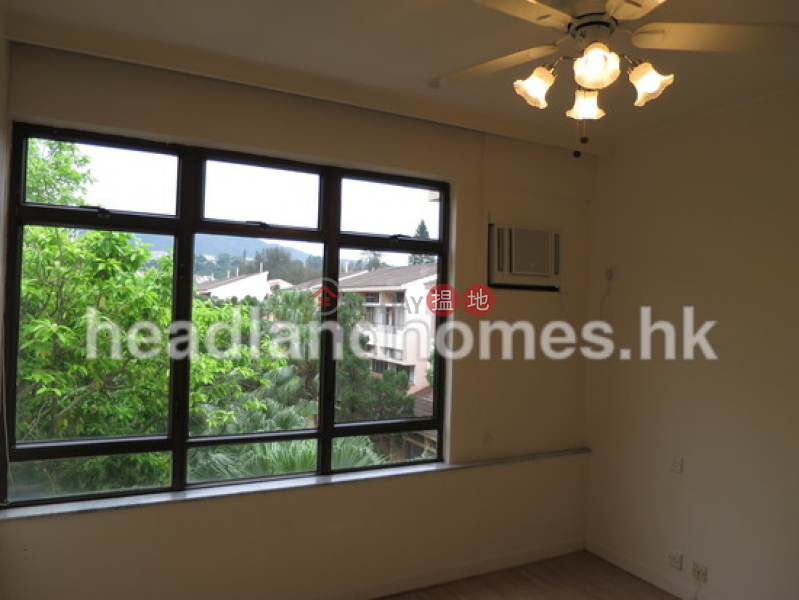 Property Search Hong Kong | OneDay | Residential | Rental Listings | Property on Seahorse Lane | 3 Bedroom Family Unit / Flat / Apartment for Rent