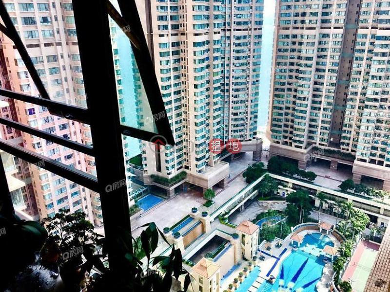 Tower 2 Island Resort, Middle, Residential, Sales Listings HK$ 10.8M