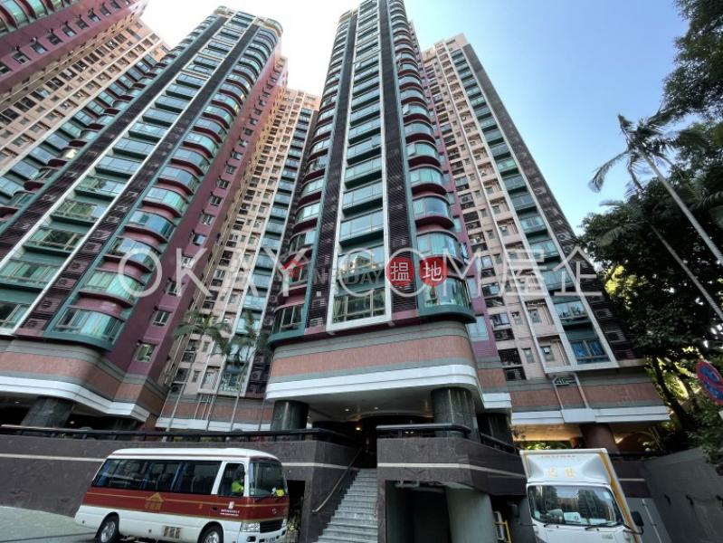 Rare 3 bedroom with parking | For Sale, King\'s Park Villa Block 1 帝庭園1座 Sales Listings | Yau Tsim Mong (OKAY-S395158)