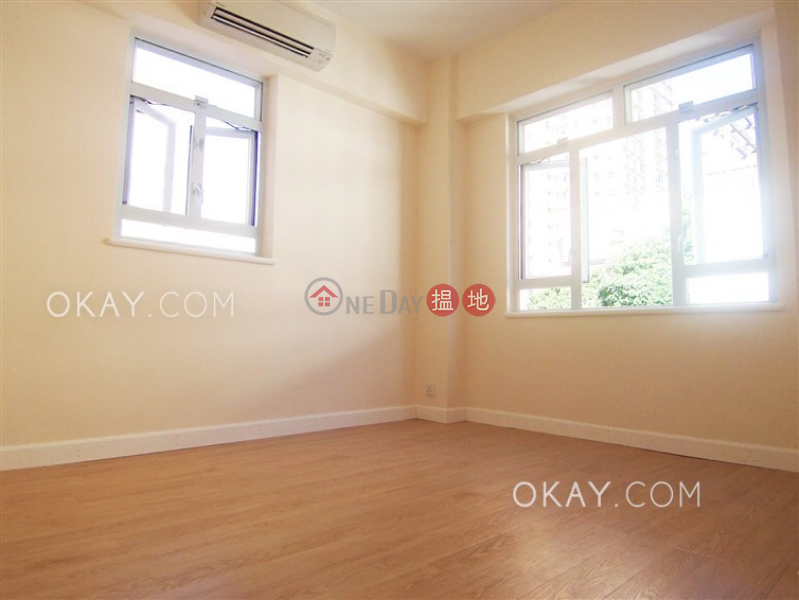 HK$ 35,000/ month, King\'s Garden, Western District | Charming 2 bedroom in Mid-levels West | Rental
