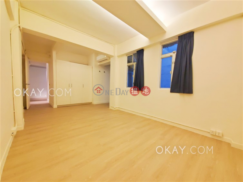 HK$ 38,000/ month, Win Hing House Central District Luxurious 1 bedroom in Central | Rental