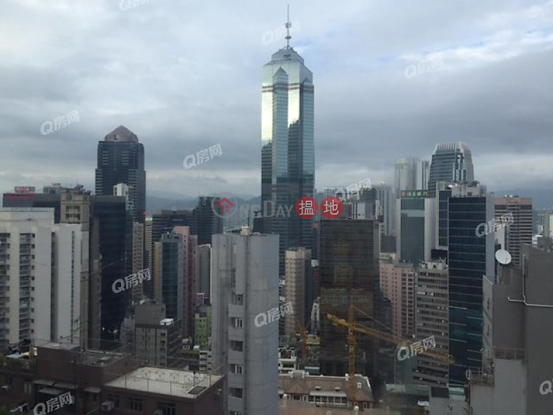 HK$ 11M | Caine Building | Western District Caine Building | 2 bedroom High Floor Flat for Sale