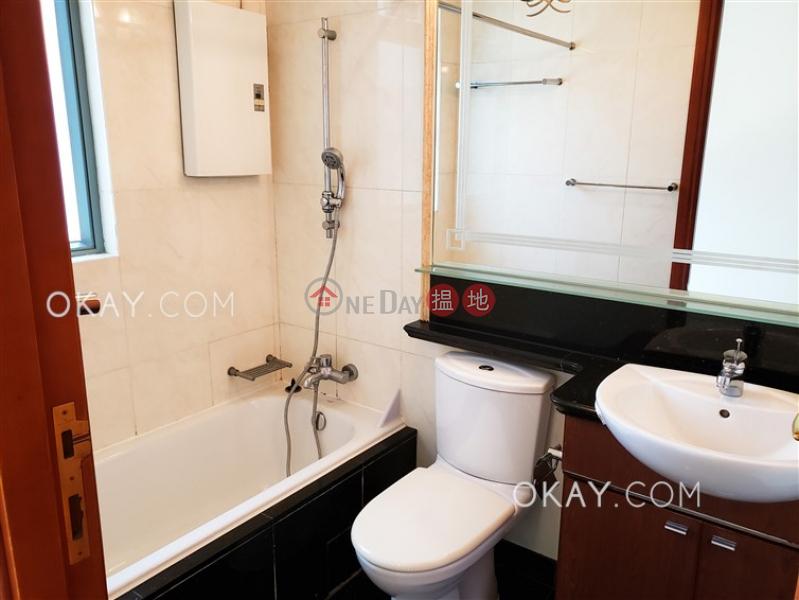Luxurious 3 bedroom with balcony | Rental | 2 Park Road 柏道2號 Rental Listings